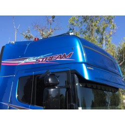Visière polyester adaptable Scania R/Streamline Topline - Type 143. Montage 2 veilleuses rectangulaire.