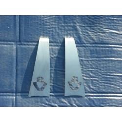 Habillages inox poignée à main Scania logo V8.(la paire)