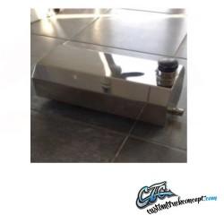 Petit réservoir d'eau rectangulaire