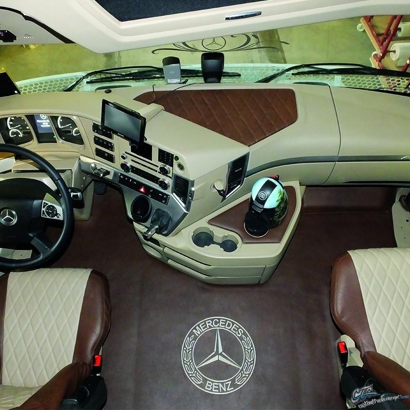 Tapis Mercedes MP4 Beige