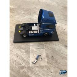 Maquettes Camions Iveco S-Way, vue du Poids Lourd bleu avec rétroviseurs
