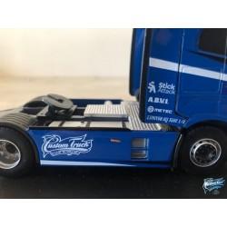 Maquettes Camions Iveco S-Way, vue sur le carénage du Poids Lourd bleu