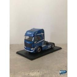 Maquettes Camions Iveco S-Way, autre vue du profil de cabine du Poids Lourd bleu