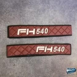 Habillages bas de sièges Volvo Fh4 marquage 540