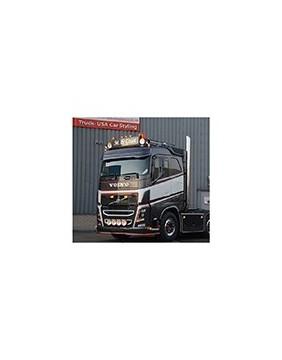 Rajout de Visière Polyester pour Tuning de Camion Volvo FH3 / FH4